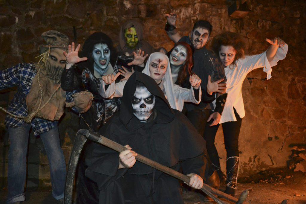 schloss-auerbach-halloween-rittermahl-frankenstein-monster